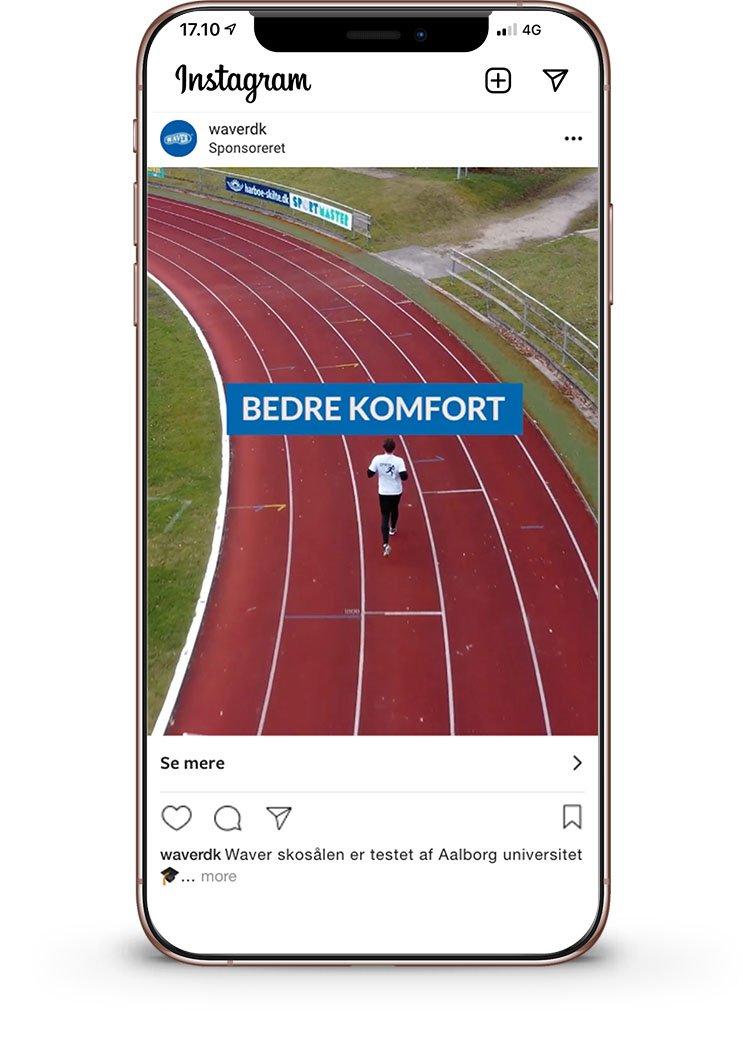 iPhone Mockup af facebook instagram annoncering for waver.dk